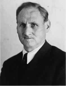August Hirt, directeur de l'Institut d'anatomie de l'Université du Reich de Strasbourg.