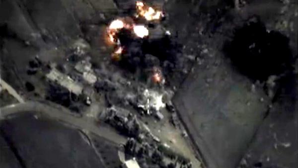 Syrie: nouveaux raids russes contre des positions islamistes -crédit photo Twitter-