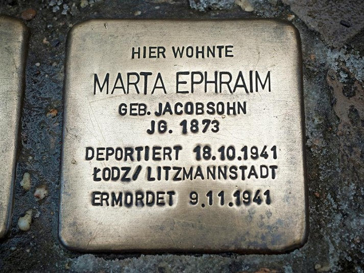 MARTA EPHRAIM Une vie anéantie par le nazisme, qu'Angelika Hermes a reconstituée.  © Thomas Meyer / OSTKREUZ