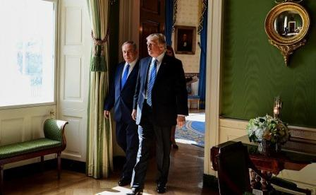 Prime Minister Benjamin Netanyahu meets with US President Donald Trump in Washington, D.C., February 15, 2017. Photo by Avi Ohayon/GPO