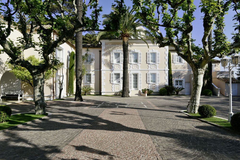 Le resto de LVMH à Saint Tropez : la politique du luxe