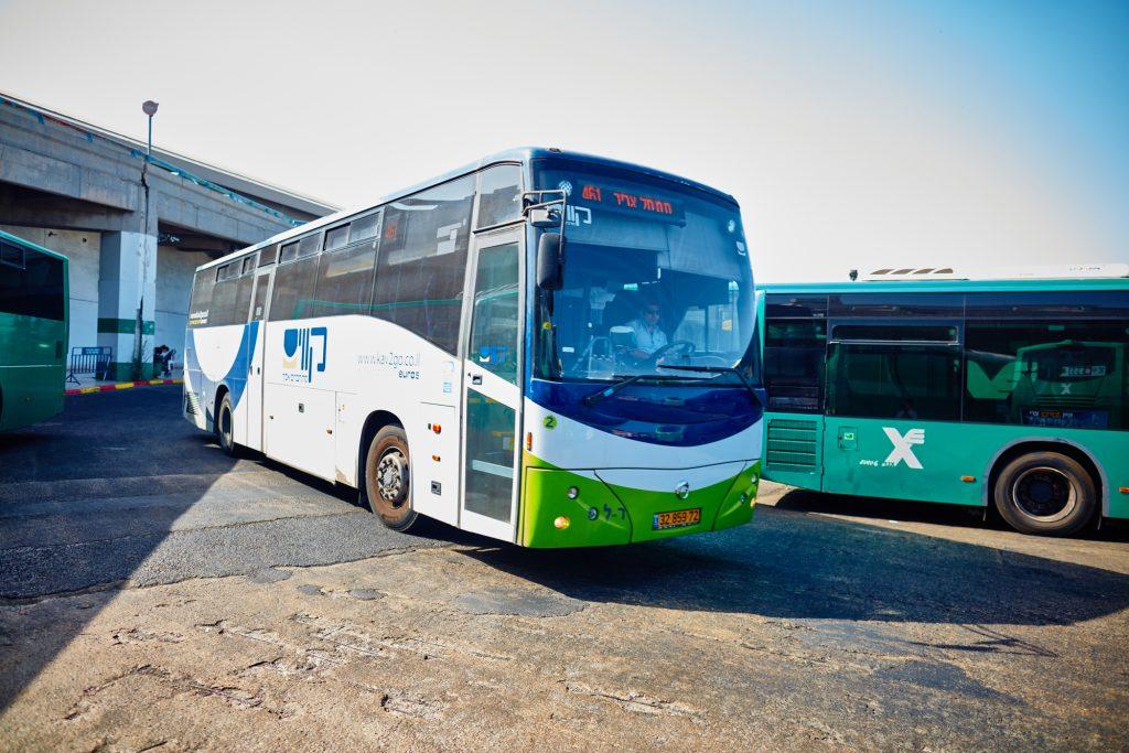 Un service de minibus gratuit le Shabbat à Tel Aviv et sa région