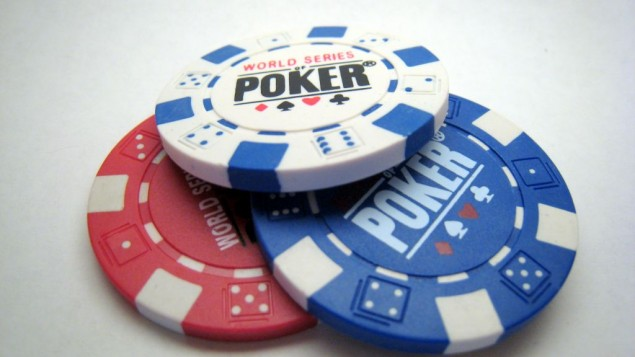 11g_poker_chips-635x357