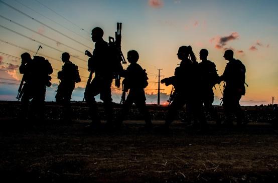 soldates nuit