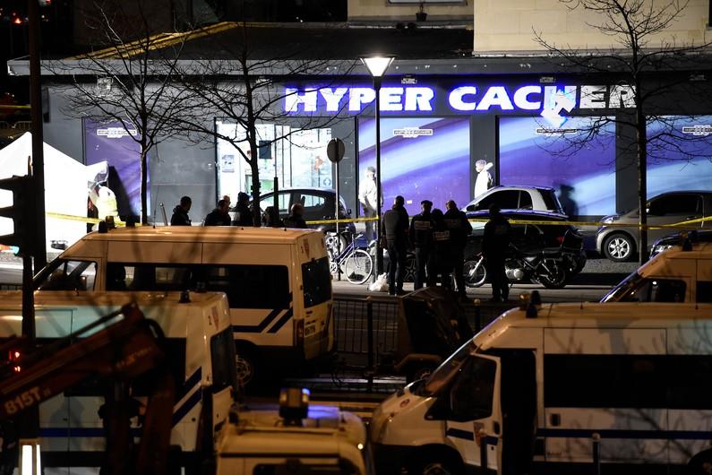 hyperecacher44