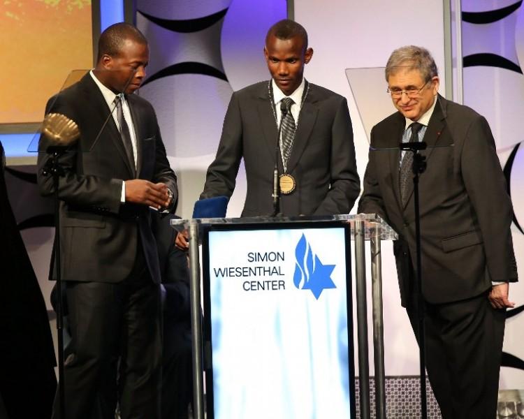 Lassana Bathily au Centre Simon Wiesenthal  Auteur / Source / Crédit : Imeh Akpanudosen / GETTY IMAGES NORTH AMERICA / AFP