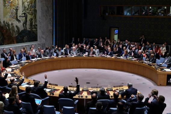 Le conseil de sécurité de l'ONU vote sur la résolution iranienne le 20 juillet 2015 à son siège à New York - AFP Jewel Samad