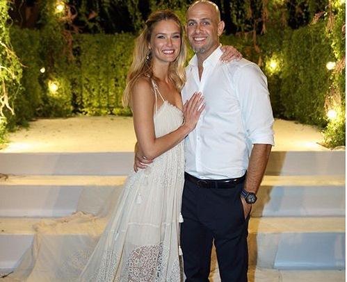 La photo officielle des mariés postée par Bar Refaeli sur son compte Instagram