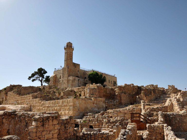 Le sanctuaire du Prophète Samuel dans le village de Nabi Samuel (« le Prophète Shmouel »)