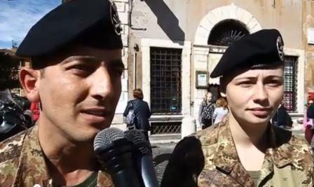 Le caporal Francesco Manca, et le tireur Mariagrazia Luculano