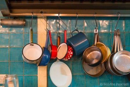 jerusalem-marche-mahane-yehuda-restaurant-casseroles